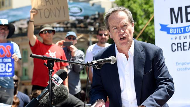 Opposition leader Bill Shorten gives a speech at a rally against the ABC media cuts.