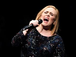 Adele Live 2016 - North American Tour In Phoenix, AZ