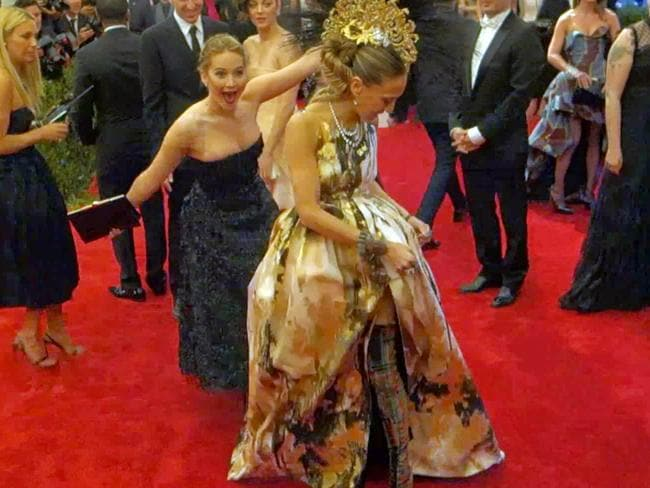 JLaw couldn't let Sarah Jessica Parker have her moment. Picture: Splash