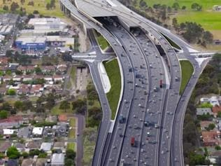 Short tunnel option of the Western Distributor. Stills from a video explaining the Western Distributor