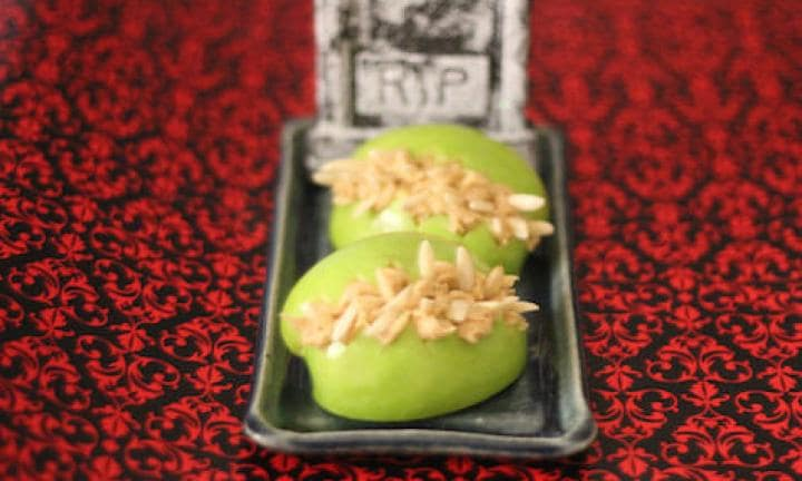 "10. Halloween apple fangs  <p>Another way to make fruit fun and spooky for Halloween.</p> <p><a href=""http://www.kidspot.com.au/kitchen/recipes/halloween-fangs-2093"">See here for the Halloween apple fangs recipe.</a></p>"