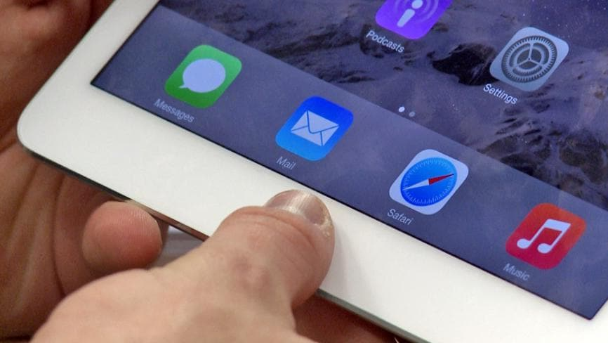 Struggling ... many iPad users not convinced to upgrade to the iPad Air 2. Photo: James Tindale