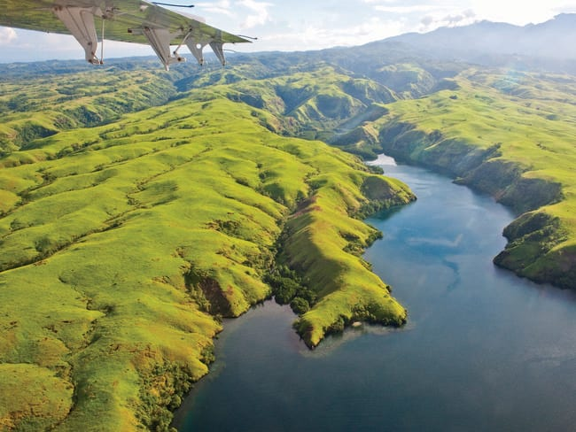 Flying over Tufi in the Oro Province is spectacular.