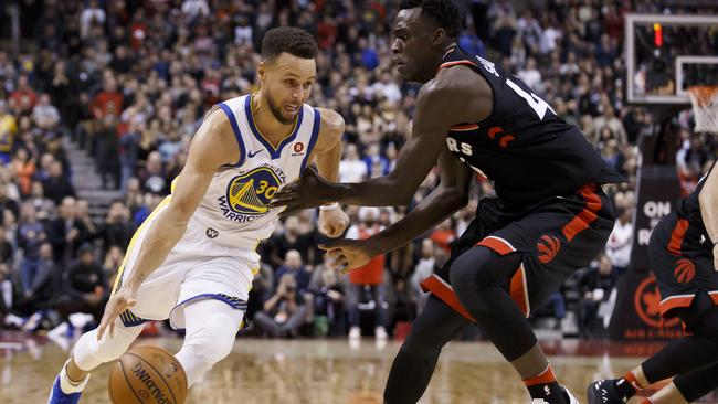 Golden State's Bell leaves with left leg injury