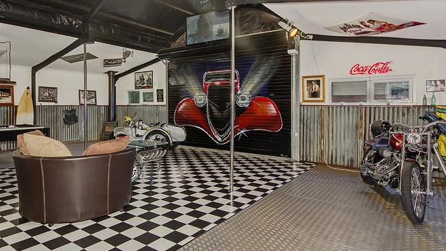 A mural reproducing the cover of the ZZ Top Eliminator album by artist Kathy Elizabeth. Picture: Supplied.