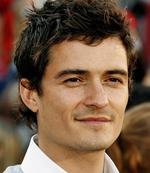 <p>He always aims to please ... Orlando Bloom.</p>