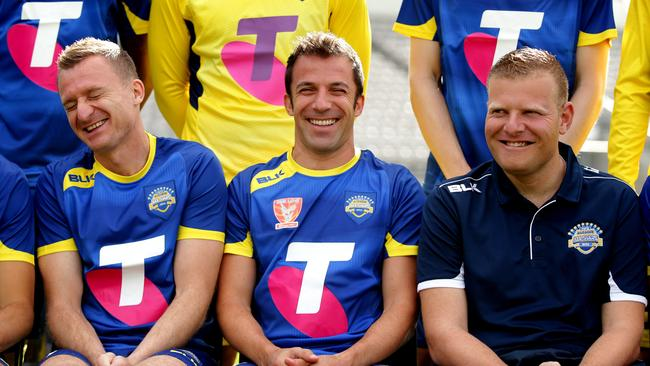 Josep Gombau shares a laugh with Besart Berisha and Alessandro Del Piero.