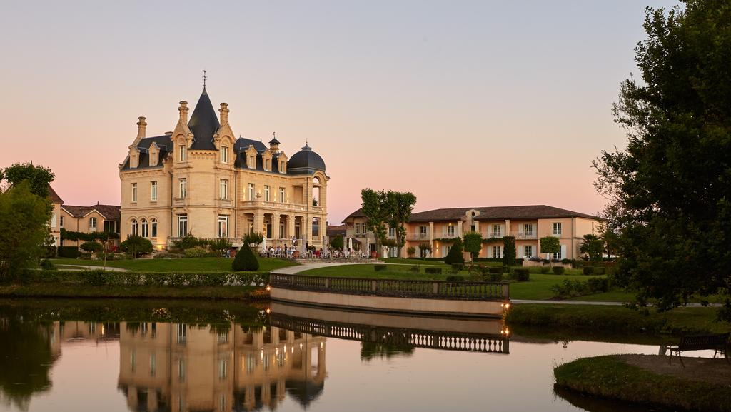 Best places to stay in bordeaux france escape for Chateaux in france to stay