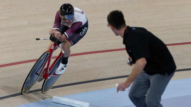 Jordan Kerby on his way to winning the individual pursuit national championship. Picture: Supplied.
