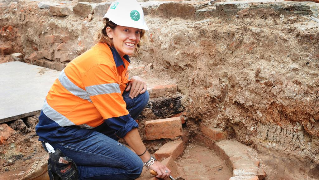 how to join archaeological dig