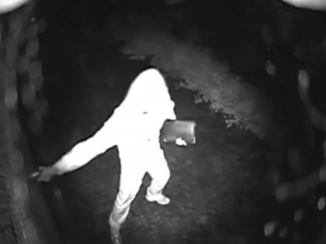 CCTV footage of standover man Joe Antoun being shot dead at his Strathfield home in December 2013