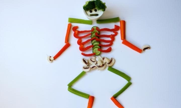 "4. Veggie skeleton dips platter  <p>Make your dips platter surprising by creating a veggie skeleton with a 'dippy' head.</p> <p><a href=""http://www.kidspot.com.au/kitchen/recipes/veggie-skeleton-dip-platter-3559"">See here for how to create a Veggie skeleton dip platter.</a></p>"
