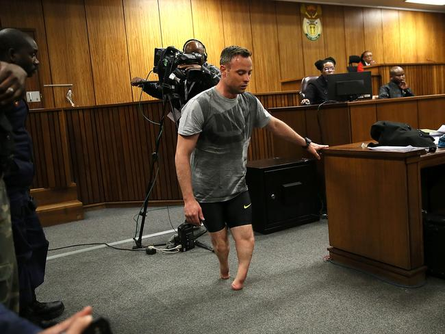 Pistorius Facing Having Jail Term For Murder Extended At Supreme Court Of Appeal Hearing further Pearl Harbor Photos n 4383975 furthermore Maya Angelou Life n 5405038 besides Prosecutors Appeal Against Oscar Pistorius S Sentence also Ready Work Oscar Pistorius Reports  munity Service South Africa Dressed T Shirt Baggy Pants Public Sighting Athlete Jail Release. on oscar pistorius released jail