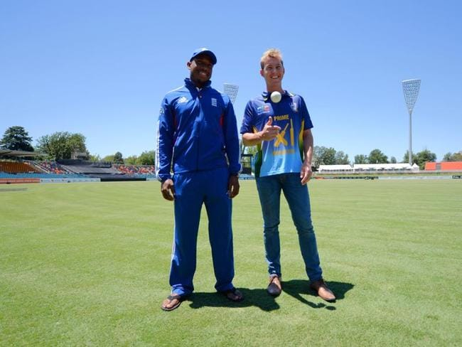 Chris Jordan (left) and Brett Lee at Manuka Oval ahead of the Primer Minister's XI.