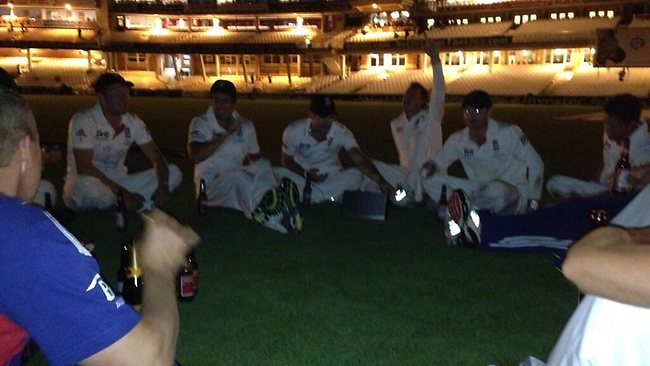 A picture from England wicket keeper Matt Prior's Twitter feed showing the English team having a few drinks in the middle of The Oval post match.
