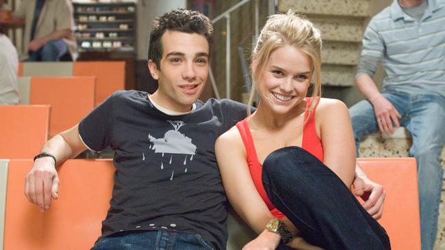 Scene from film She's Out Of My League. L-R: Jay Baruchel and Alice Eve