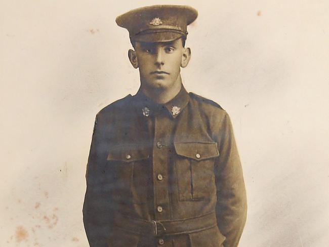 Private Justin Hercules Breguet enlisted at the age of 19 only to die almost exactly one year later at the Battle of Fromelles.