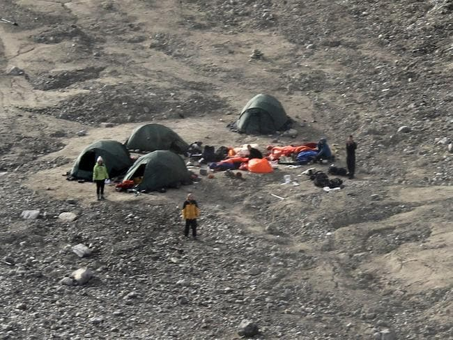 The camp which was attacked. AFP PHOTO / Sysselmannen / Arild Lyssand