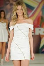 <p>Jennifer Hawkins - Fashion</p>
