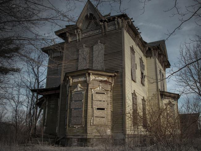 """The Nova House (Youngstown, Ohio) was the place where Benjamin Albright shot and killed his son by accident then killed himself and his wife after being struck with anguish and guilt in 1958. The home has been vacant ever since and still has personal belongings inside."""