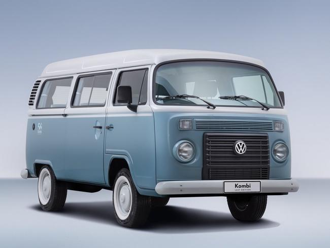 Old Vw Kombi Van Sells For 158 000 To Foreign Collector