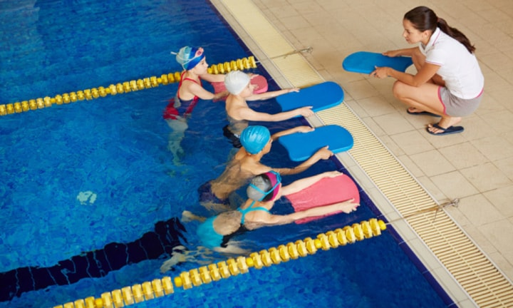 Parents 'humiliated' if kids miss swimming lessons