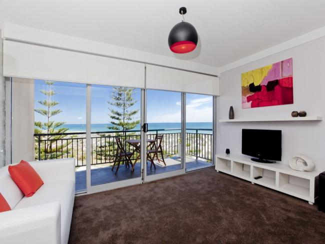 "Nick ""The Honey Badger"" Cummins has his Scarborough bachelor pad on the market. It has an amazing view of Brighton Beach."