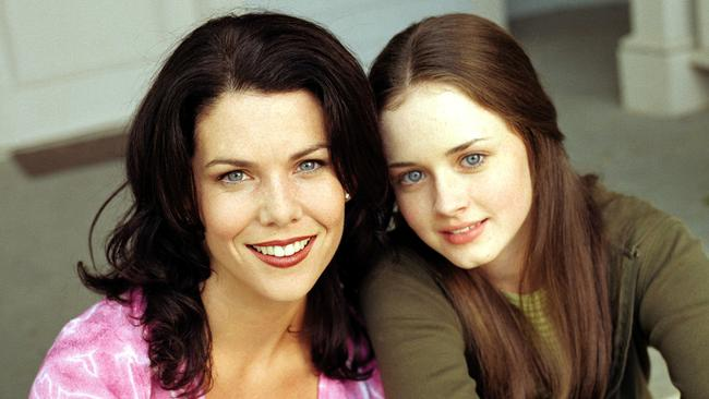 gilmore chat One of the more crushing tv cancellations this past season was the cw's gilmore girls, which fizzled out after new contracts could not be reached with the two stars, lauren graham and alexis bledel.