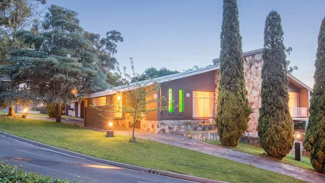 10 Glenwood Road, Springfield. Supplied to the Advertiser Real Estate Magazine by Harris Real Estate.