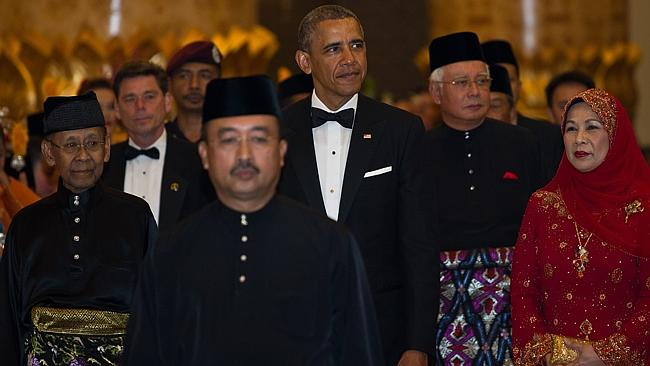 Offer of support ... US President Barack Obama (second right) and Malaysia's King Abdul H