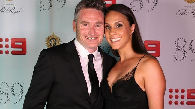 dave hughes wife - photo #5