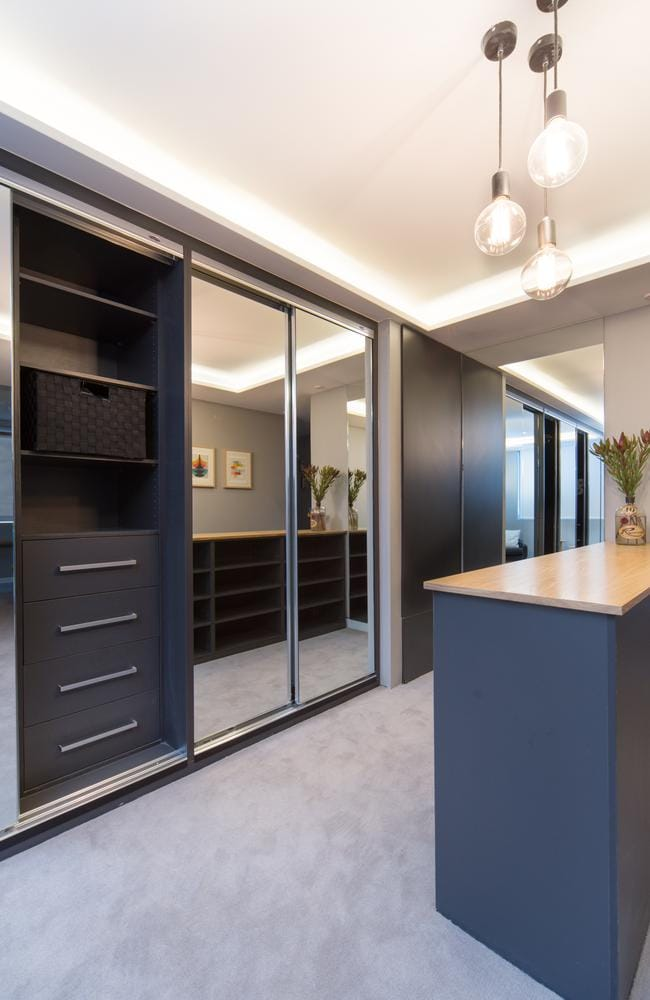 Giuliana rancic s luxurious custom made walk in wardrobe for Design my own home extension