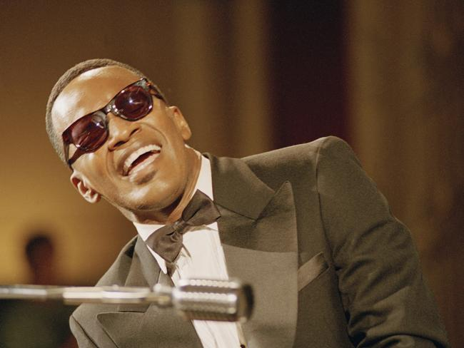 Jamie Foxx blinded himself to play Ray Charles.