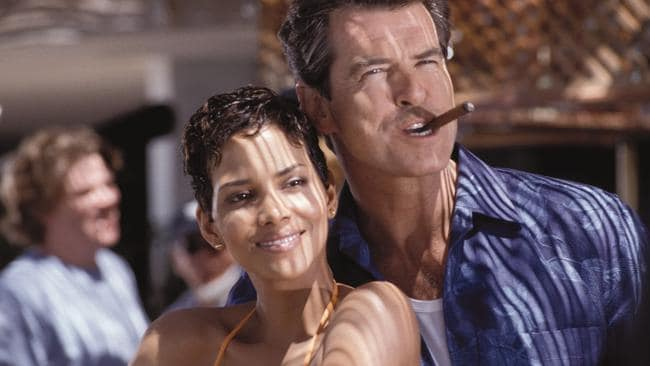 Pierce Brosnan wraps his arms around Halle Berry so she will Die Another Day.