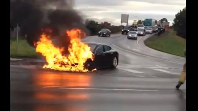 This Tesla car fire has cost the company $600 million in its market capitalisation.