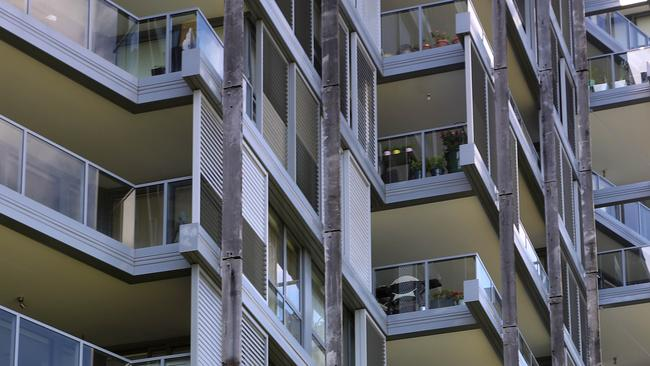 BIS Oxford Economics predicts Brisbane's inner-city apartment oversupply will be absorbed.