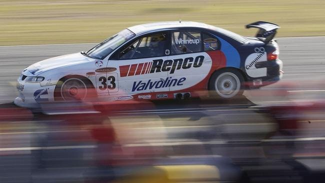 2003, Whincup's first solo championship start at the circuit.