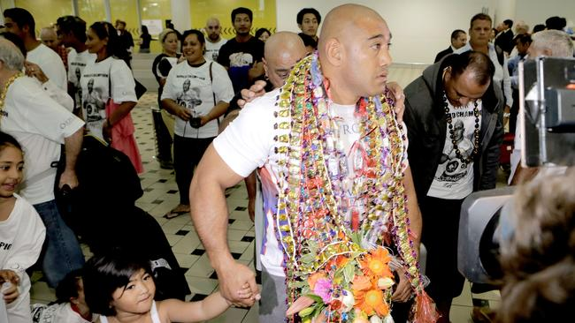 Heavyweight boxer Alex Leapai.