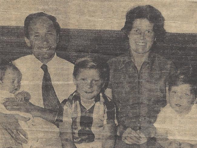 Dr Ken Elliott and his wife Jocelyn with their three children Judith, David and Steven before the family left Perth in 1972. Picture: Perth Daily News