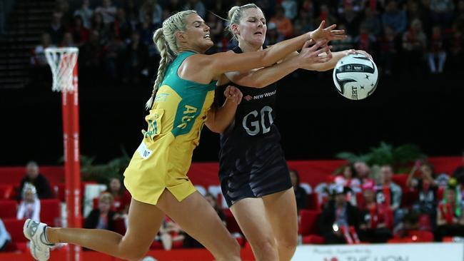 Gretel Tippett and New Zealand captain Katrina Grant in game three.
