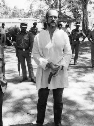 Reg Spiers outside the Sri Lankan High Court during his trial for the possession of narcotic drugs in 1987. Picture: Barry O'Brien/The Advertiser