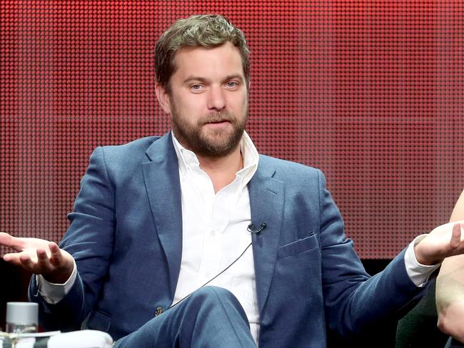 Joshua Jackson would be keen to appear in another Mighty Ducks movie.