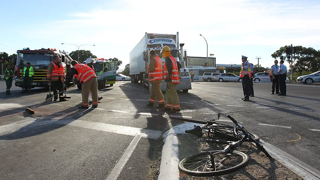 Truck v bus v bike on the corner of Anzac Highway and Greenhill Rd. Picture: Tait Schmaal