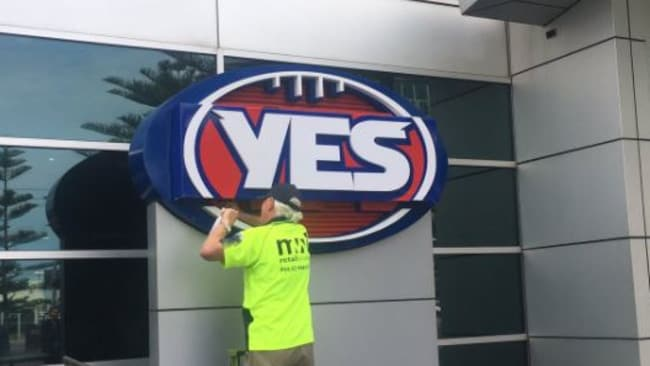 The AFL shows its support for same-sex marriage. (Pic: Twitter — @Nat_Edwards)