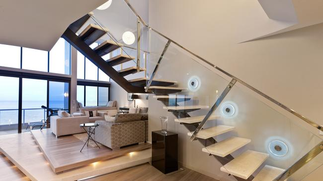 """<a href=""""https://www.realestate.com.au/property-apartment-qld-main+beach-127247022"""" title=""""www.realestate.com.au"""">The new staircase.</a>"""