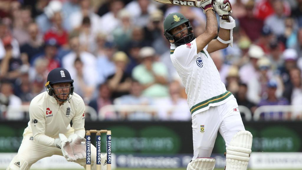 South Africa's Hashim Amla made the most of a let-off on day three.