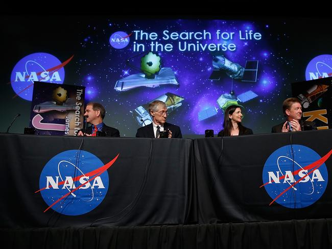 "Planet hunters ... John Grunsfeld, John Mather, Sara Seager, Dave Gallagher and Matt Mountain discuss ""the scientific and technological road map that will lead to the discovery of potentially habitable worlds among the stars""."