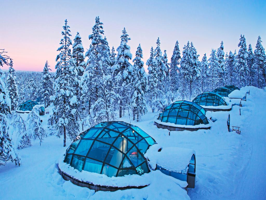 18 amazing hotels in nature escape for Amazing hotels of the world
