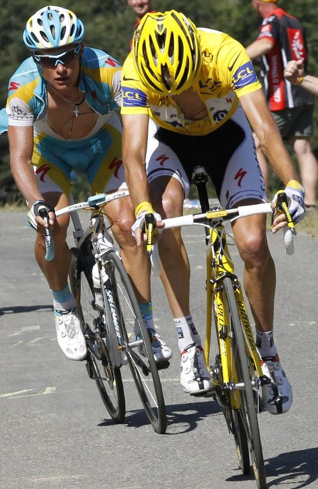 Andy Schleck looks down at his chain as he suffers the mechanical failure that cost him the 2010 Tour de France.