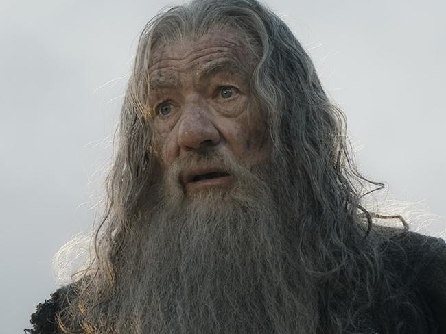 Gandalf returns for new quest